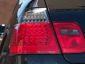 ES#1831936 - E462TREDLEDsmk - LED Tail Light Set - Smoked/Red - Dramatically improve the appearance of your BMW with this simple bolt on - EagleEyes - BMW