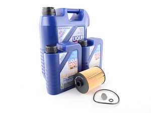 ES#3184764 - 03H115562KKT - Oil Service Kit - Includes Hengst oil filter and Liqui Moly 5w-40 oil - Assembled By ECS - Volkswagen Porsche