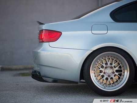 ES#3490690 - D-E92M/E93M-V1 - E92/93 M3 Rear Diffuser V1 - Race inspired looks and improved aerodynamics. - Aeroflow Dynamics - BMW
