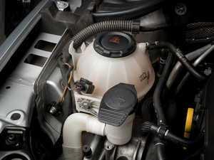 ES#3509361 - 009635ECS05KT - Smooth Expansion Tank & Washer Fluid Reservoir Cap Set - Black - Dress up your engine bay with black expansion tank and washer reservoir caps to replace the old blue ones - Assembled By ECS - Audi Volkswagen