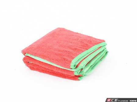 ES#3450636 - MIC99703 - Fluffer Ultra Premium Red w/Green Edges (3 Pack) - Expanded 24 x 16 dimensions tackle any detailing task - Chemical Guys - Audi BMW Volkswagen Mercedes Benz MINI Porsche