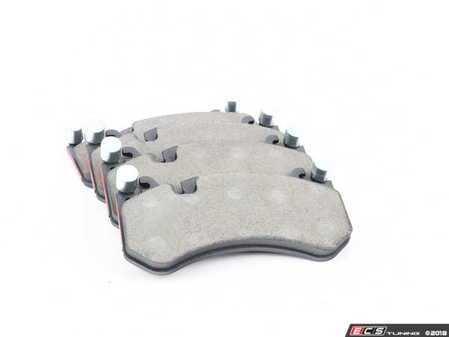 ES#3493851 - 0074206520 -  Front Brake Pad Set - Does not include brake pad wear sensors - Brembo - Mercedes Benz