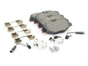 ES#2681141 - 0044208720 - Front Brake Pad Set - Includes new brake pad wear sensors - Brembo - Mercedes Benz
