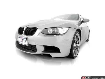 ES#3579720 - PREFLE9XM - Paint Matched E9X M3 Side Reflectors - Replace those ugly amber reflectors on the front bumper of your BMW vehicle with painted reflectors by Bimmian. - Bimmian PaintWerke - BMW