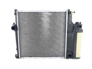 ES#3188254 - 2524 - 1 Row Plastic Tank Aluminum Core Radiator 1.9L L4 1895cc OE Style Design - CSF - BMW