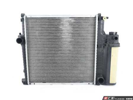 ES#3188254 - 2524 - Radiator With Expansion Tank - Keep your engine running cool when the temperature rises - CSF - BMW