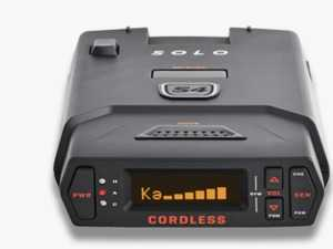 ES#3521630 - 0100034-1 - Escort Solo S4 Portable radar detector - Designed for the driver in and out of various cars, the Escort SOLO S4 cordless radar / laser detector provides long-range protection against all radar guns used today - Escort - Audi BMW Volkswagen Mercedes Benz MINI Porsche