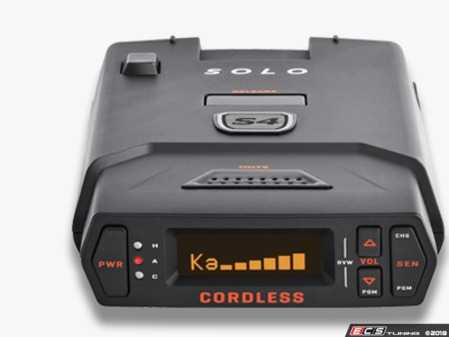ES#3521630 - 0100034-1 - Escort Solo S4 Portable radar detector - (NO LONGER AVAILABLE) - Designed for the driver in and out of various cars, the Escort SOLO S4 cordless radar / laser detector provides long-range protection against all radar guns used today - Escort -