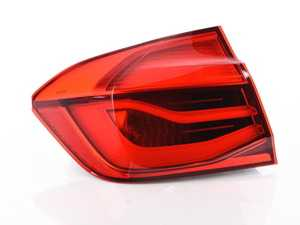 ES#3618646 - 63217369115sd - LCI Outer Tail Light - *Scratch And Dent* - Update the look of your BMW - Genuine BMW - BMW