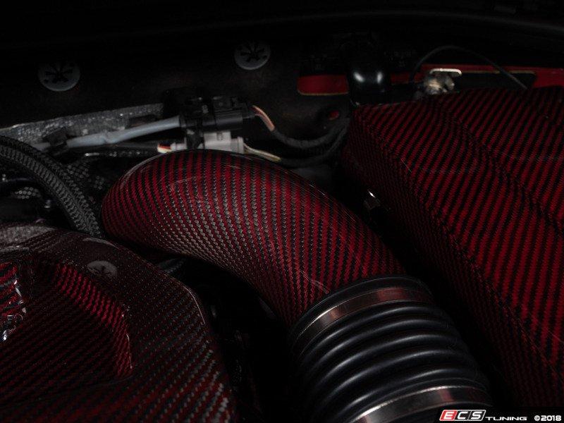 ECS News - New ECS Red Carbon Kevlar Engine Aesthetics
