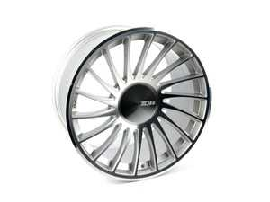 "ES#3618802 - 3SDM0047sd1 - 18"" Style 0.04 Wheel - Right Side - *Scratch And Dent* - *Please see description prior to ordering* 18""x9.5"" ET40 5x112 - Silver/Cut - 3SDM - Audi Volkswagen"