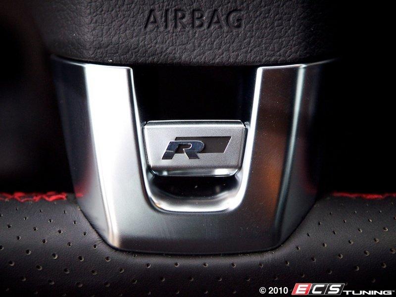 ecs news vw cc    steering wheel badge