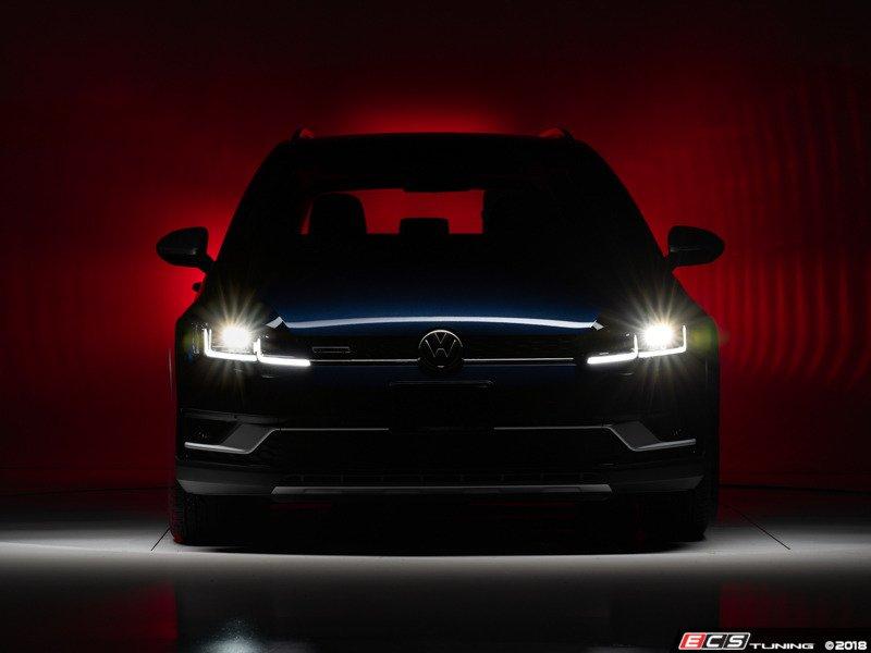 ECS News - NEW - Helix MK7 5 Style Headlights for MK7