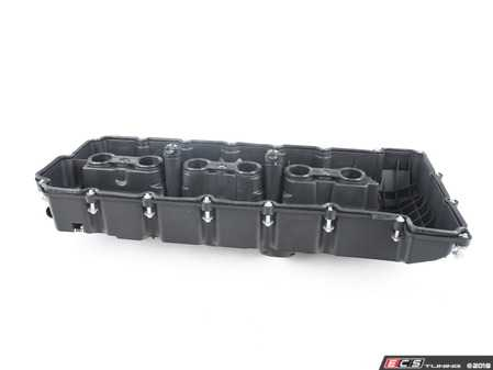 ES#3624495 - 11127552281 - Valve Cover Kit  - A complete valve cover assembly with bolts and gaskets - Hamburg Tech - BMW