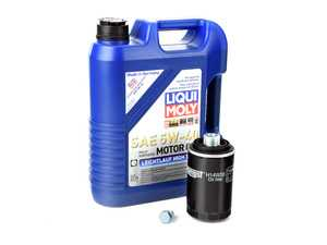 ES#2817348 - 2332KT7 -  Premium Oil Service Kit  - Includes Hengst oil filter and LIQUI MOLY High Tech 5w-40 oil - Assembled By ECS - Audi