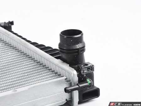 ES#3525082 - 2919 - Radiator  - Keep your engine running cool with a new radiator - CSF - BMW