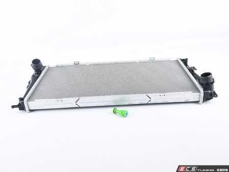 ES#3545369 - 3716 - Radiator - For Manual Transmission  - Standard replacement radiator - CSF - BMW