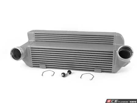 ES#3663911 - 8127 - High Performance Intercooler - Silver - True direct fit - featuring OE style disconnects and metal clips - CSF - BMW