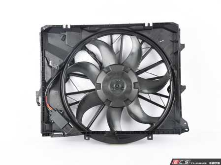 ES#3038202 - 17427562080 - Electric Fan With Shroud - If your fan fails your engine will overheat when idling - ACM - BMW