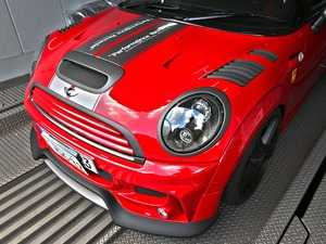 ES#3690315 - R56CB1.4LCF - Duell AG R55-R59 Krone Edition V1.4 Cooling Bonnet - Little Carbon Fiber Vents - Straight from Japan aggressive whole hood with side vents that has an import tuner design; whole front hood. - Duell Ag - MINI