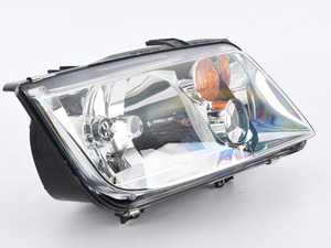 ES#3677686 - 1J5941018AJsd12 - Headlight - Right - *Scratch And Dent* - *Please see description prior to ordering* Without fog light, with amber turn signal lens - Hella - Volkswagen