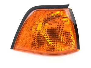 ES#3660618 - 63138353280 - Front Turn Signal Assembly - Right - Amber turn signal assembly - TYC - BMW