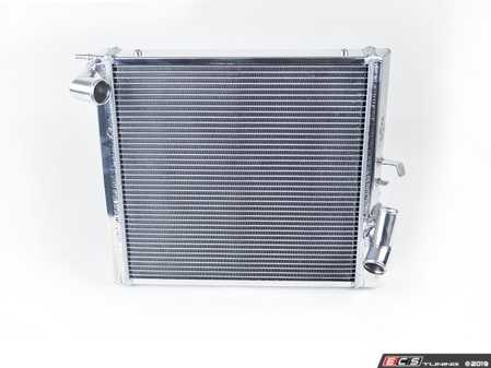 ES#3477918 - 7066 - Performance Radiator - Left Side Only - Upgrade to CSF Performance Radiators to keep your Porsche cool on the track - CSF - Porsche
