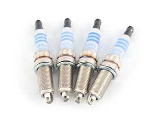 ES#3698361 - 121222936971KT - Spark Plugs - Set Of Four 9747 - Renew the power to your engine. ZR 5 SI 332 - Bosch - MINI