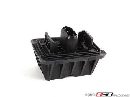 ES#129057 - 51717164761 - Jack Pad - Priced Each - The rubber jack pad found in the frame - Genuine BMW - BMW