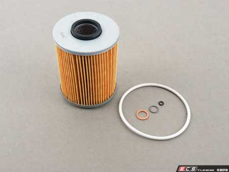 ES#3676556 - 11421730389 -  Oil Filter Kit - Includes required o-rings and crush washers - Hengst - BMW