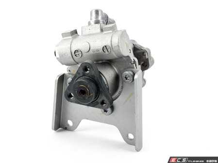 ES#3216404 - 32411093577 - Power Steering Pump - LF-30 - New - no core charge - LUK - BMW