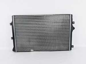 ES#4007173 - 1K0121251EHsd - Radiator - *Scratch And Dent* - *Please see description prior to ordering* Keep your engine running cool with a new radiator - Nissens - Audi Volkswagen