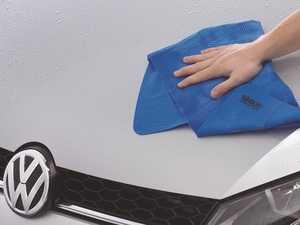 ES#3241577 - 000096154CDSP - Weathertech Soaker Drying Towel - The WeatherTech Soaker is a reusable drying chamois that quickly dries your vehicle without leaving streaks or lint behind. - Genuine Volkswagen Audi - Volkswagen