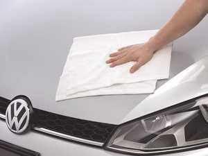 ES#3241575 - 000096154ADSP - Weathertech Microfiber Waffle Weave Drying Towel - WeatherTech Microfiber cloths are made of 80% polyester and 20% polyamide. - Genuine Volkswagen Audi - Volkswagen