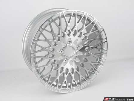 ES#4033243 - M540GSM512188sd - M540 18X8 Wheel - Single Wheel - *Scratch And Dent* - *Please see description prior to ordering* M540 18X8 5X112 45 GSM 57.1 - Silver Machined - Avant Garde - Volkswagen