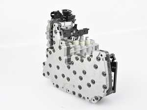 ES#4067273 - 8T0927156Hsd - Mechatronic Unit With Software - *Scratch And Dent* - *Please see description prior to ordering* New mechatronics unit to replace your faulty unit - Controls S-Tronic shifting characteristics - Genuine Volkswagen Audi - Audi