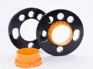 ES#4070258 - 56050003 - Wheel Spacer Kit - 17.5mm (1 Pair) - Through-hole system with multi bolt holes and patented center adapters for cars with wheel bolts and wheel studs. - Suspension Techniques - Audi Volkswagen