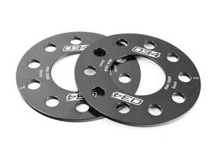 ES#3618563 - 034-604-7004 - 034Motorsport Wheel Spacer Pair - 5mm - Designed to fit most Audi vehicles with a 66.5mm center bore and 5x112mm wheel bolt patterns. - 034Motorsport - Audi