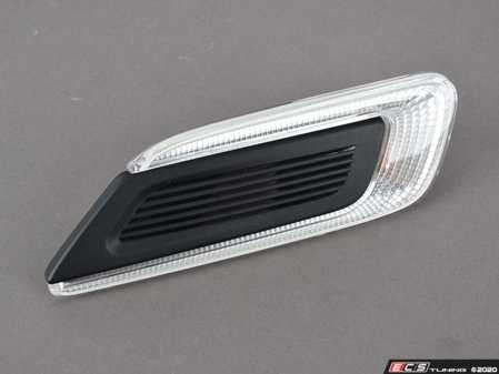 ES#3083480 - 63137358465 - Side Turn Signal & Grille - Clear - Left - Black side vent section on the quarter panel - Genuine MINI - MINI