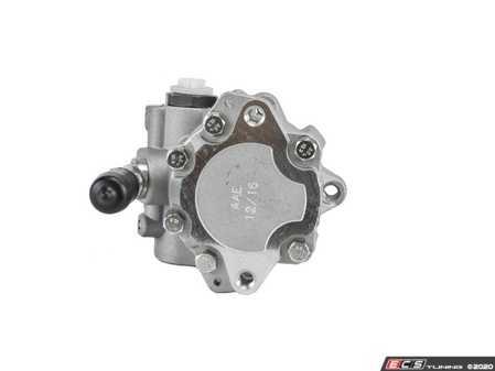 ES#4149704 - 28145157 - Power Steering Pump - Oil supply pipe pointed toward the belt area. - AAE Steering Specialists  - Volkswagen