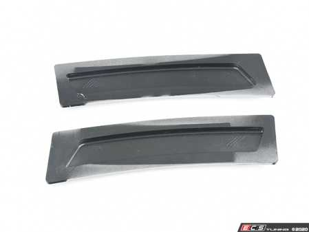 ES#3420904 - BM-0994-A83 - Painted Front Bumper Reflectors - Glacier Silver Metallic - Clean up your front bumper with paint matched reflectors - AUTOTECKNIC - BMW