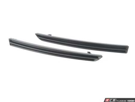 ES#3618591 - R15-1-1000-01 - Matte Black Horizontalk Slat Rear Reflector Inserts  - Ditch the stock reflectors with these inserts from Acexxon. - Acexxon - BMW