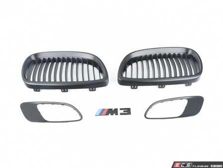 ES#3579199 - e9xm3blkKt2 - Black Out Kit - matte Black  - Adds matte black front kidney, side vents and a black M3 badge - Assembled By ECS - BMW