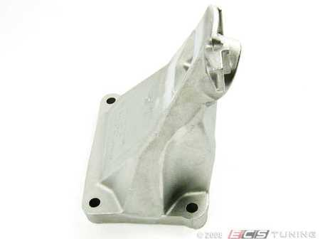 ES#41643 - 22116754616 - Engine Mounting Bracket - Right - Connects engine mount to the block on the V8 E65 / E66 7-Series - Genuine BMW - BMW