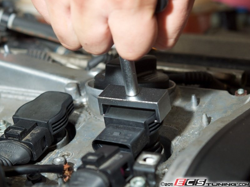 genuine volkswagen audi 07k905715fs2kt ignition service kit es 2748514 07k905715fs2kt ignition service kit black coil pack wiring cover