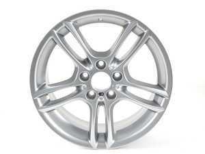 ES#65103 - 36117891050 - Style 261 Wheel - Reflex Silver - 18x7.5 - ET49 - CB72.56 - Genuine BMW - BMW