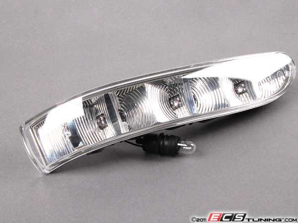Genuine mercedes benz 2208200521 mirror turn signal for Mercedes benz side mirror turn signal