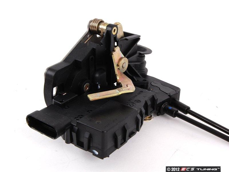 Genuine mercedes benz 1637302435 rear door latch assembly for Mercedes benz door lock problem