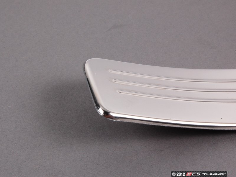 Genuine mercedes benz 2046800335 rear outer door sill trim for Mercedes benz door sill