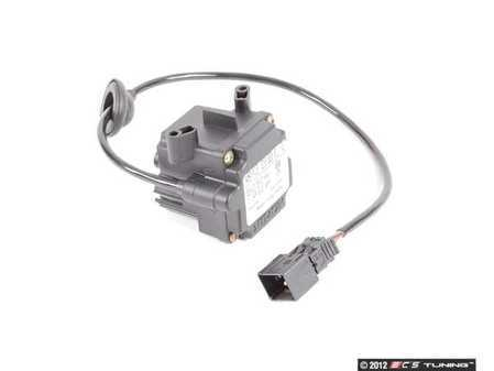 ES#1758302 - 2108300172 - Gaseous Pollutant / Temperature Sensor - Located in the climate control water baffle - Genuine Mercedes Benz - Mercedes Benz